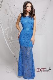 rochii de seara din dantela albastra