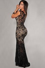 rochii de seara din dantela neagra lungi