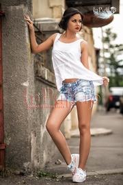 tricouri asimetrice online