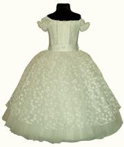 rochii de nunta pentru fete de 13 ani